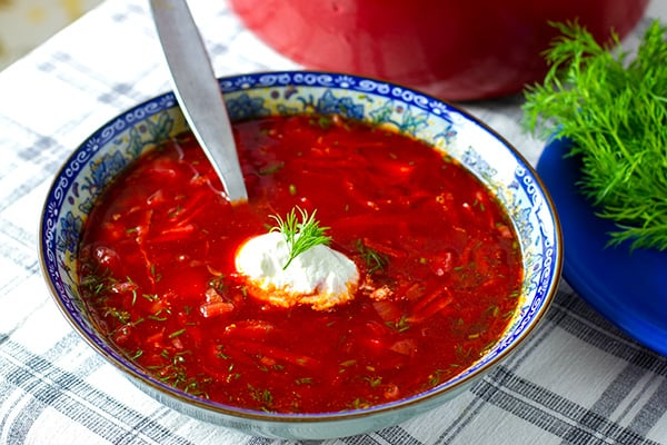 Paleo borscht soup with beef