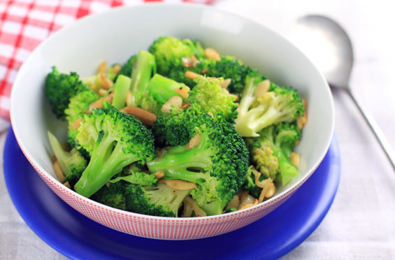 broccoli burnt butter almonds recipe