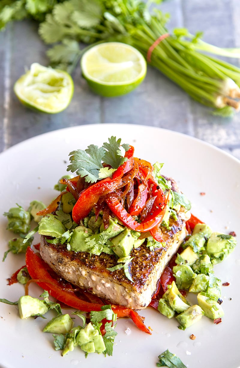 Mexican Tuna Steaks With Warm Peppers & Avocado Salsa (Paleo, Gluten-free, Low-Carb) | #tuna #mexican #fish #paleo #whole30 #recipes #tunarecipes #avocado