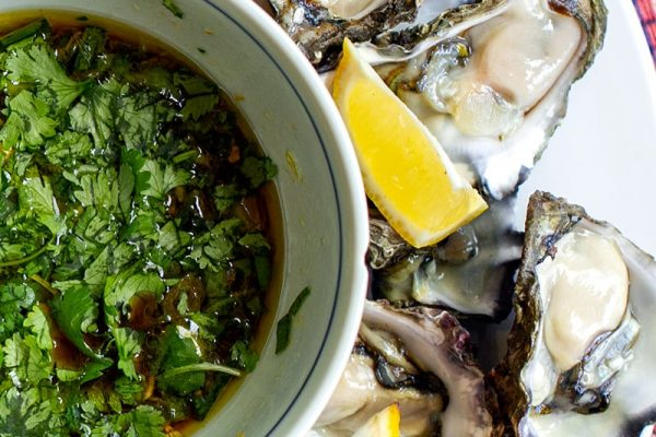Fresh oysters with zesty Vietnamese dressing
