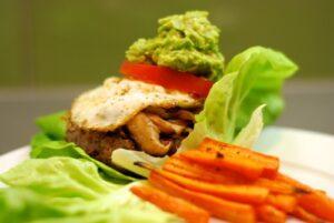 paleo-lettuce-lamb-burgers