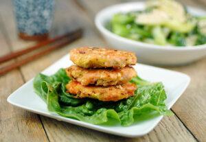 paleo-salmon-burger