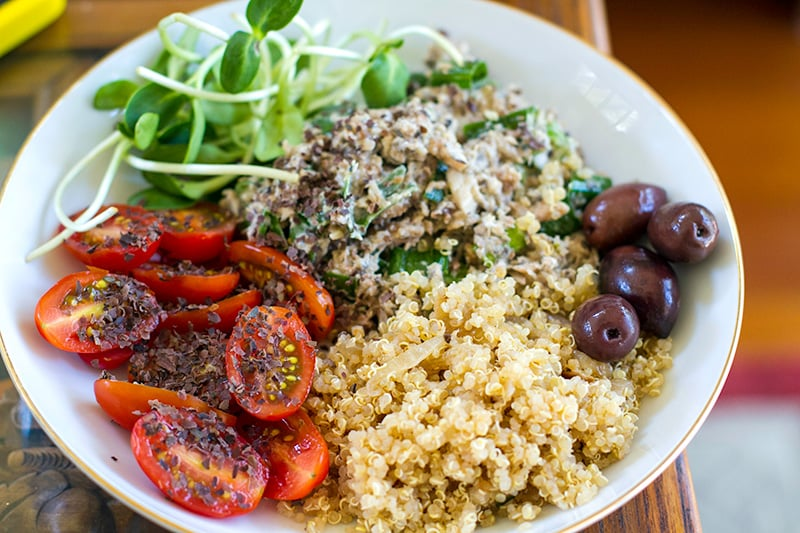 Quinoa salad with sardines