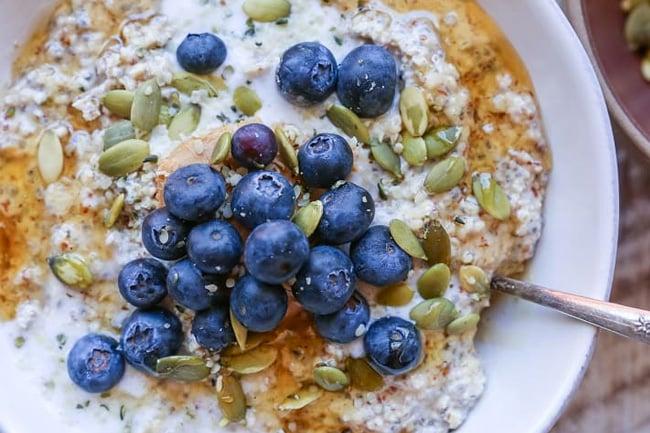 Grain-free nut and seed paleo oatmeal porridge