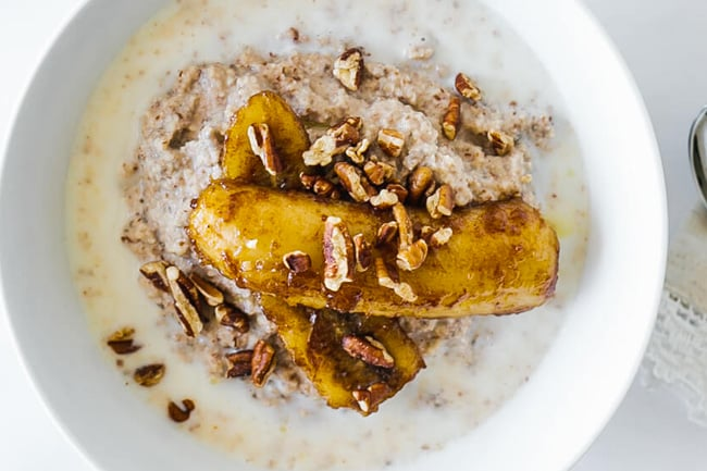 Paleo porridge with caramelised bananas