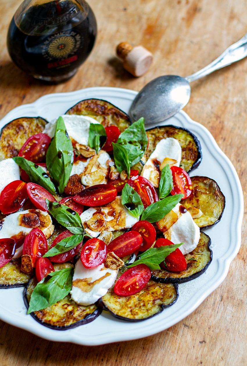 Aubergine Caprese Salad With Tomatoes & Mozzarella