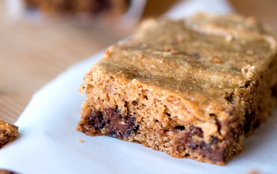 Banana Almond Butter Slice - paleo, gluten free, grain free friendly bars.