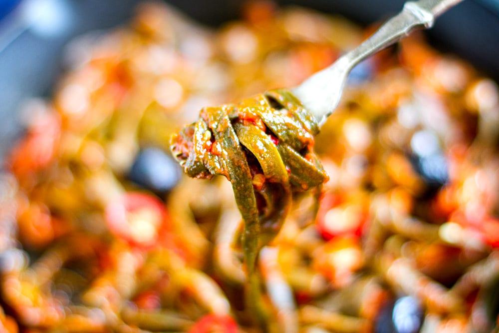 seaweed-noodles-pasta