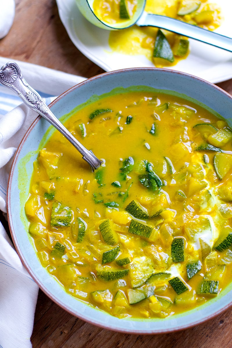 Turmeric Zucchini Soup With Coconut Milk. Paleo, dairy-free, gluten-free and vegan friendly.