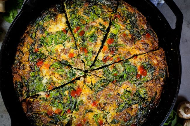 Crustless quiche with spinach