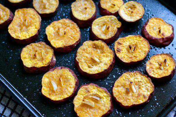 Roasted garlic sweet potatoes