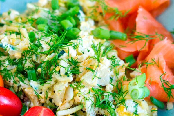 Egg Scramble With Zucchini & Smoked Salmon