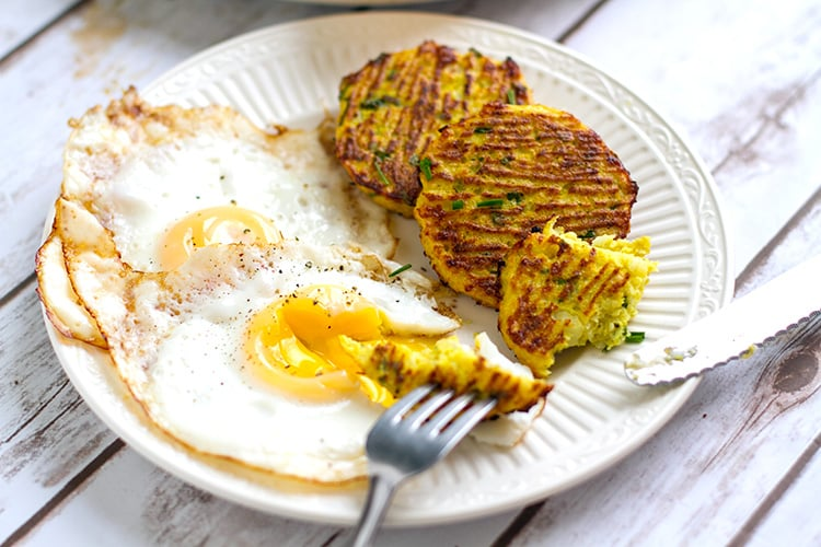 Paleo cauliflower hash browns