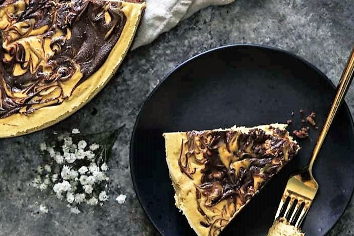 Paleo Cheesecake Pumpkin Chocolate (Vegan-Friendly)