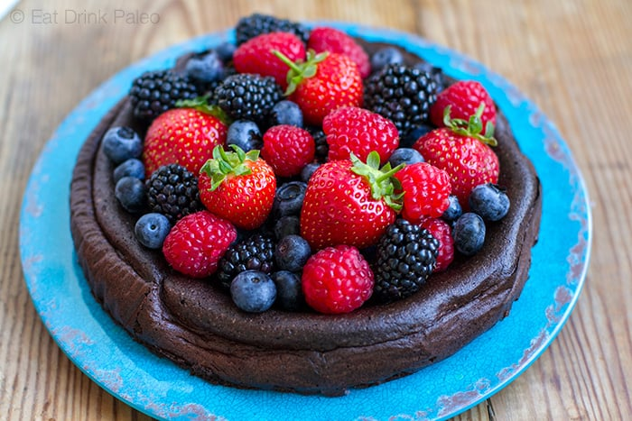 5-Ingredient Paleo Chocolate Cake (Nut-Free, Low-Carb)