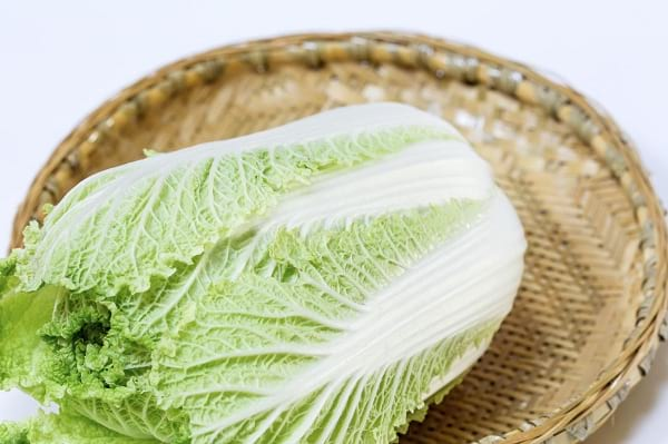 Cabbage leaf paleo wraps