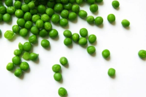 Can I eat green peas on a paleo diet - nutrition, pros and cons