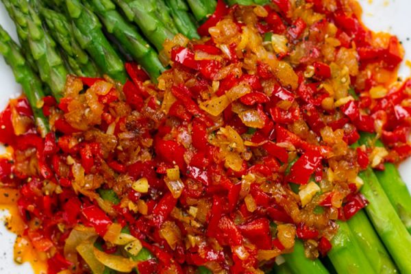 Spring Asparagus With Red Pepper Sauce