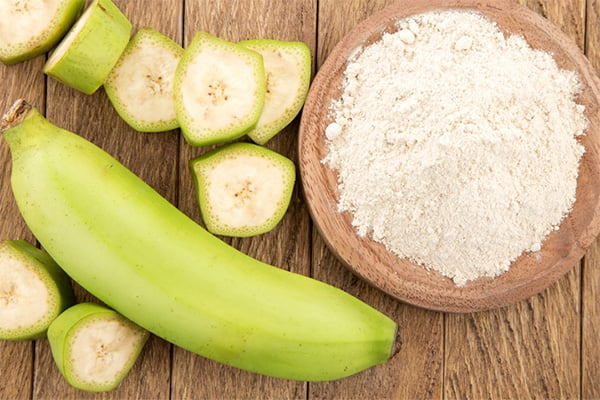 green-banana-flour-benefits-uses-feature