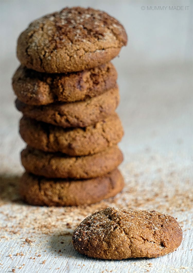Soft & Chewy Gingerbread Cookies (Paleo & Gluten-free)