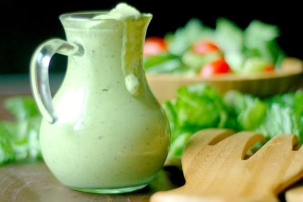 Sugar-free paleo ranch salad dressing