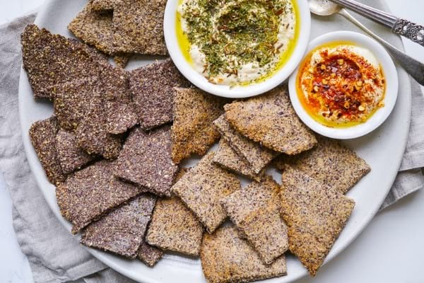 Paleo flaxseed crackers