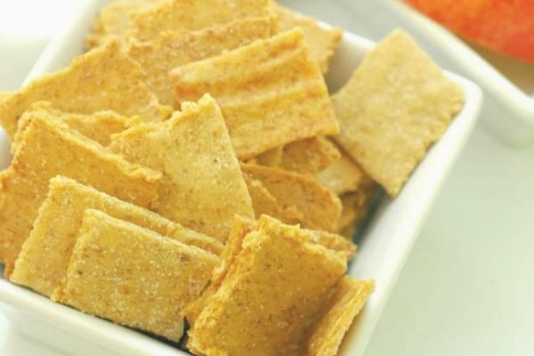 Plantain paleo crackers