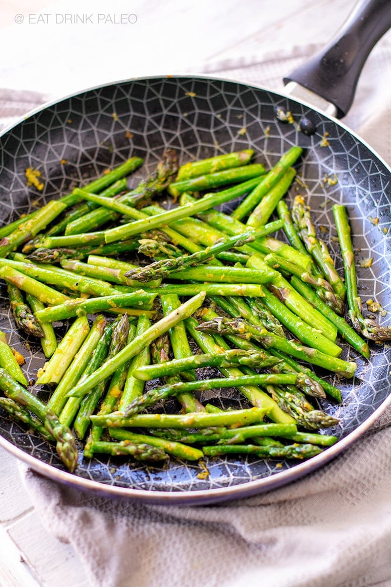 Sauteed asparagus with ginger and orange (Whole30, Keto, Vegan, Paleo, Gluten-Free)