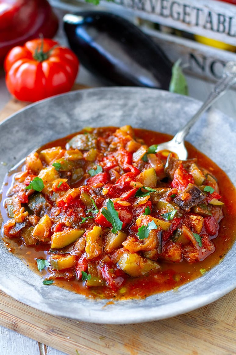 Pisto Recipe (Amazing Spanish Vegetable Stew)