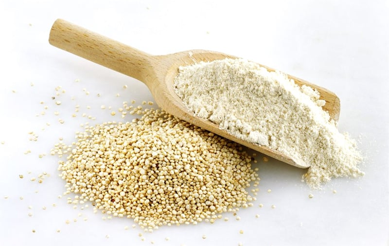 Quinoa flour and quinoa seeds nutrition