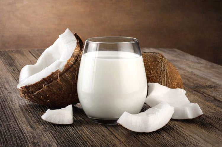 Coconut milk calories nutrition