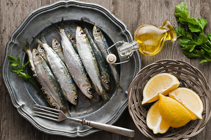What are sardines and what do they taste like?