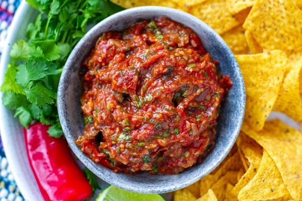 Roasted salsa tatemada recipe