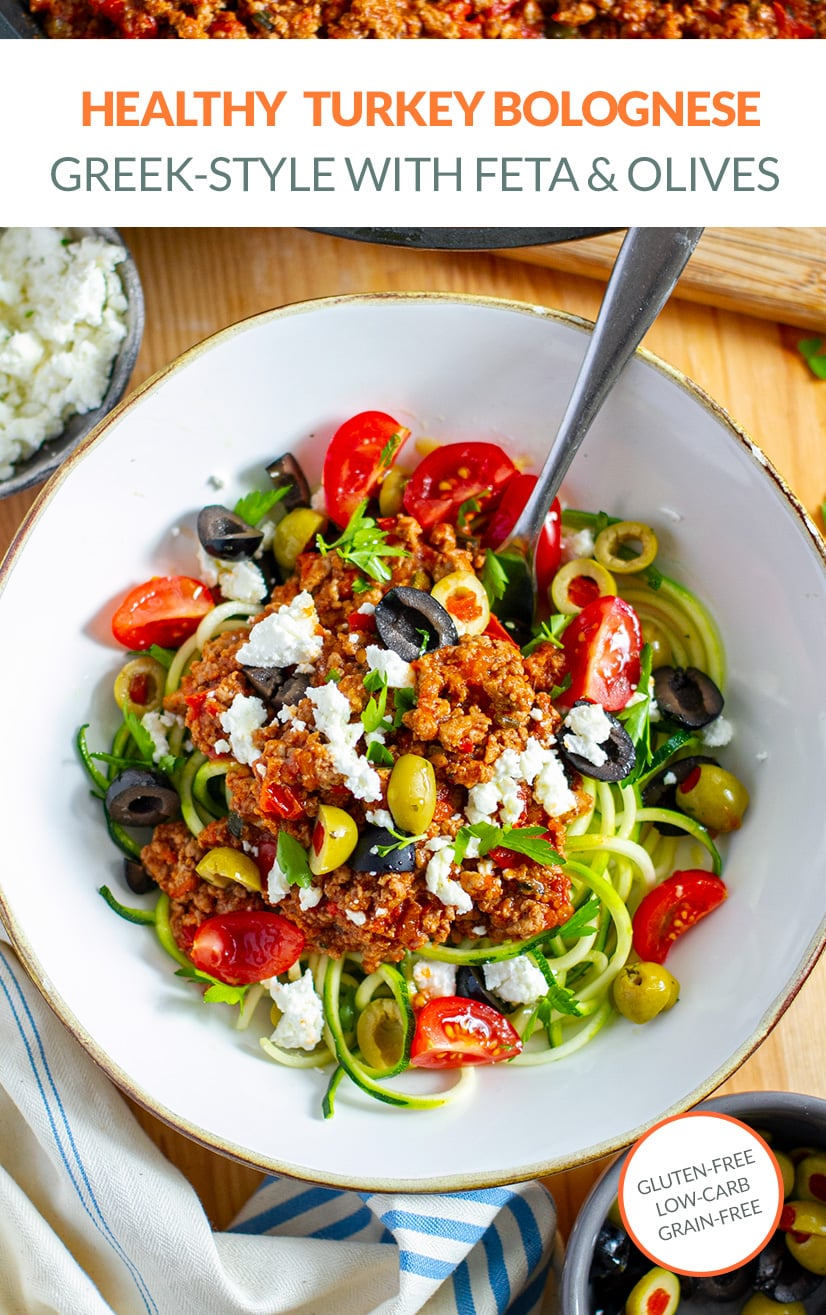 Healthy turkey bolognese sauce with zucchini noodles (low-carb)