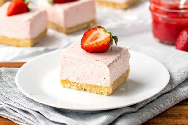 No-Bake Strawberry Cheesecake Slice (Gluten-Free, Low-Carb & Keto)