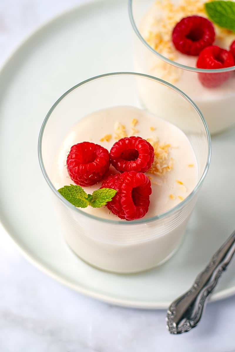 Dairy Free Panna Cotta With Coconut Yogurt & Vanilla