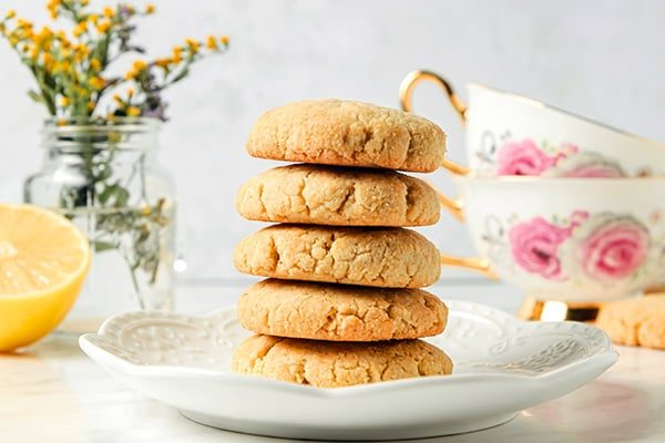 Low-Carb Gluten-Free Lemon Cookies