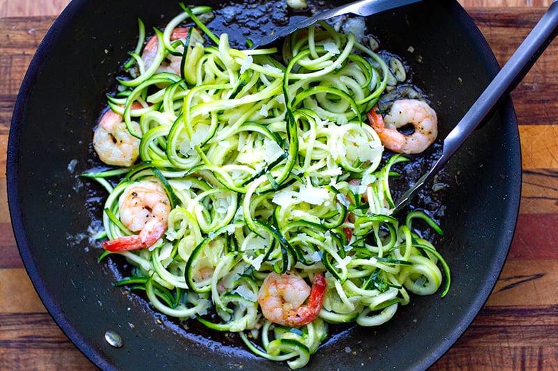 How to make shrimp zucchini pasta step 3