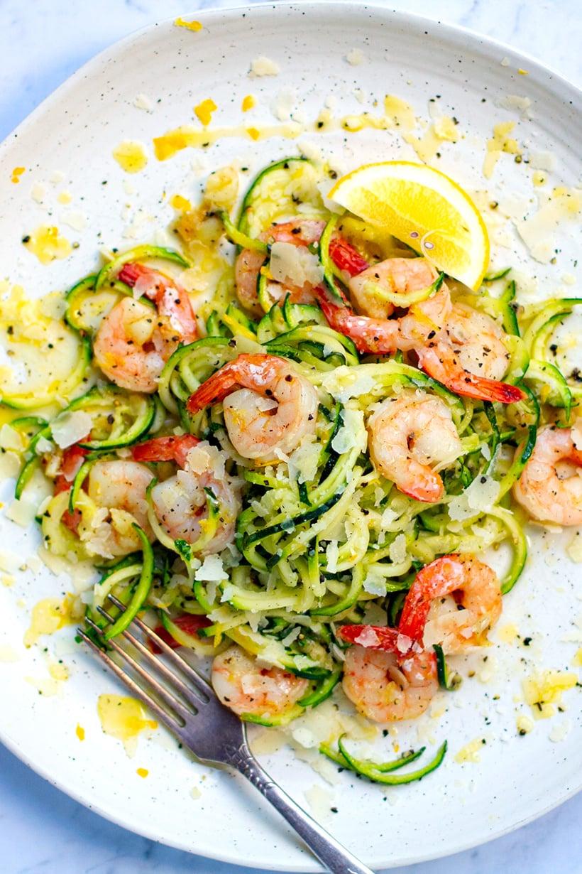 Lemon garlic shrimp zucchini pasta